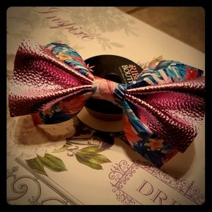 ❤❤‼FAUX LEATHER GIRLS HAIRBOW‼❤ TROPICAL PRINT ‼‼‼
